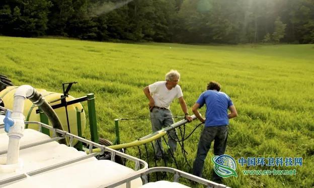 """英国兴起堆肥厕所,""""有机肥料""""成土地增肥利器"""