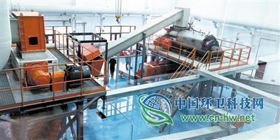 探访郑州首个生活垃圾分拣中心 处理量约30吨/日