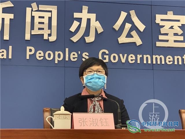 重庆市城管局副局长:优先保障一线环卫工人作业防护物资
