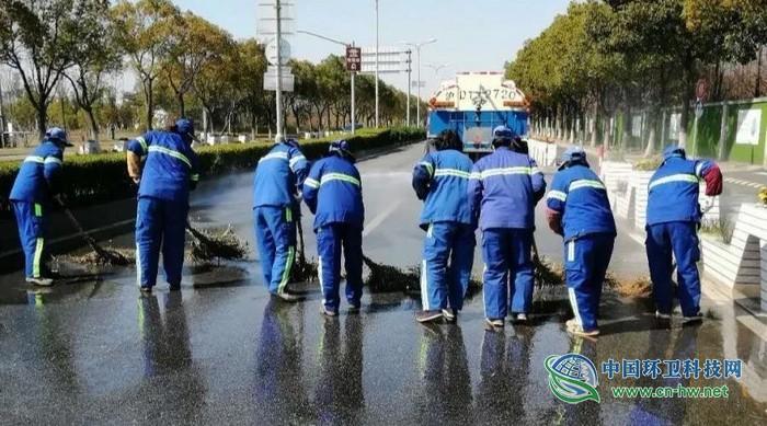 上海市环卫开展城市清洁行动 全力保障复工复产