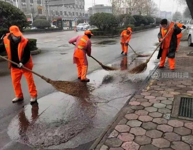 禹州环卫:开展清洁行动喜迎元宵佳节